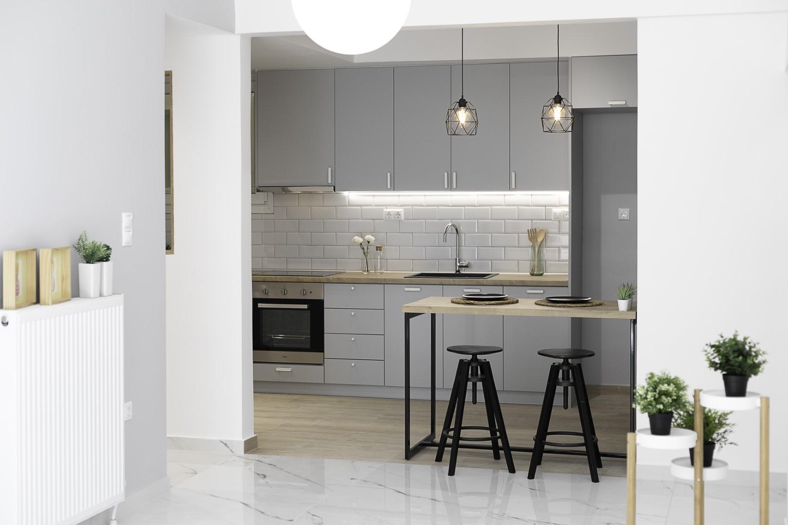Apartment renovation   Νea Paralia   94 sq.m.   4th floor
